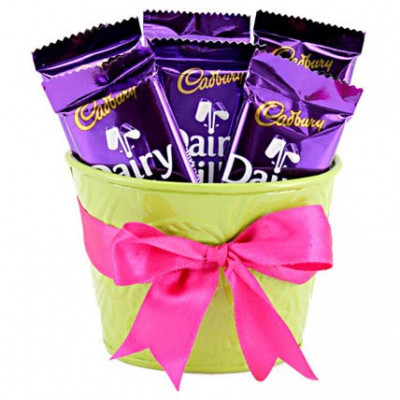 6 Chocolates Posy