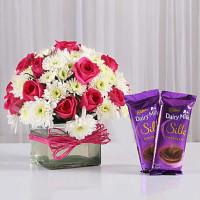Roses & Daisies Vase with Dairy Milk Silk