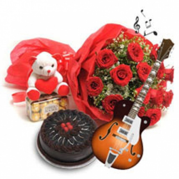 GUITARIST BOUQUET RED ROSES